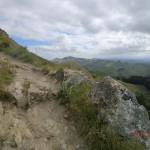der Peak-Weg ist steil und steinig