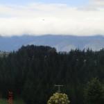 Wolkenfront über den Bergen