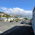 Lyttelton, steile Straßen und Harbour