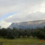 auf der Fahrt zum Mount Cook - zweiter Versuch IV (Wolken bedecken Berge)