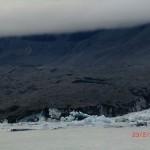 Tasman Glacier muendet horizontal in seinen Gletschersee