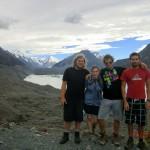 wir, Wolfi, Tini, Felix und Marian, auf dem Tasman Glacier Lookout