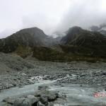 Bett aus Steinen für Gletscherfluss und -see