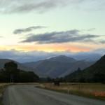 von Queenstown zum Doubtful Sound: Dämmerung auf'm Highway