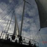 Doubtful Sound Overnight: die Segel werden gehisst