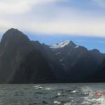 Gletscher, Berge, Urwald, Milford Sound - Fjordlandschaften