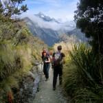 Marian und andere Wanderer am Key Summit