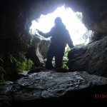 Clifden Limestone Cave: Tini steigt hinab