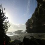 kleiner Wasserfall am Strand