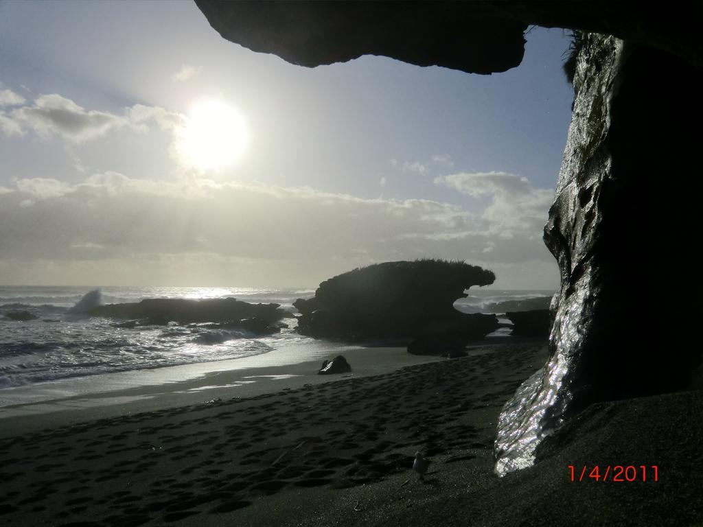 einsamer West Coast Strand