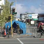 Christchurch nach dem Februar-Beben: Wachen an der Innenstadtabsperrung