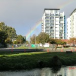 Christchurch nach dem Februar-Beben: Regenbogen über verwandelter Stadt