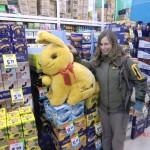 entdeckt: riesiger Lindt-Hase im Supermarkt