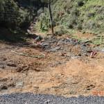 auf dem Weg zu Te Puia Hot Springs: da unten liegen die Straßenreste