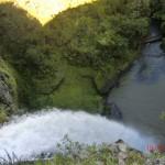 Bridal Veil Falls stürzen tief hinab