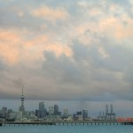 schöner Blick auf Auckland aus Kofferraumklappe nach letzter Nacht in Joy