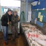 Katja-Kerstin und Tini am Fisch