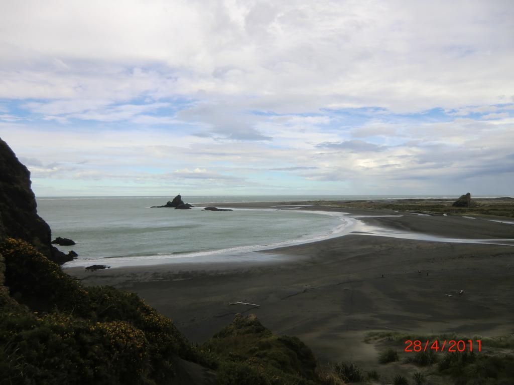 traumhafter Whatipu Beach am Vormittag VI