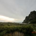 Wanderung über Dünen zum Karekare Beach