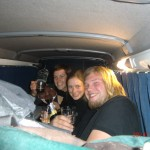 lustiger, letzter Abend: zu dritt im Van III