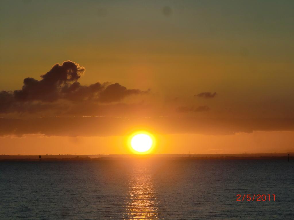 australischer Sonnenuntergang am Meer auf der Bellarine Peninsula vor Portalington VII