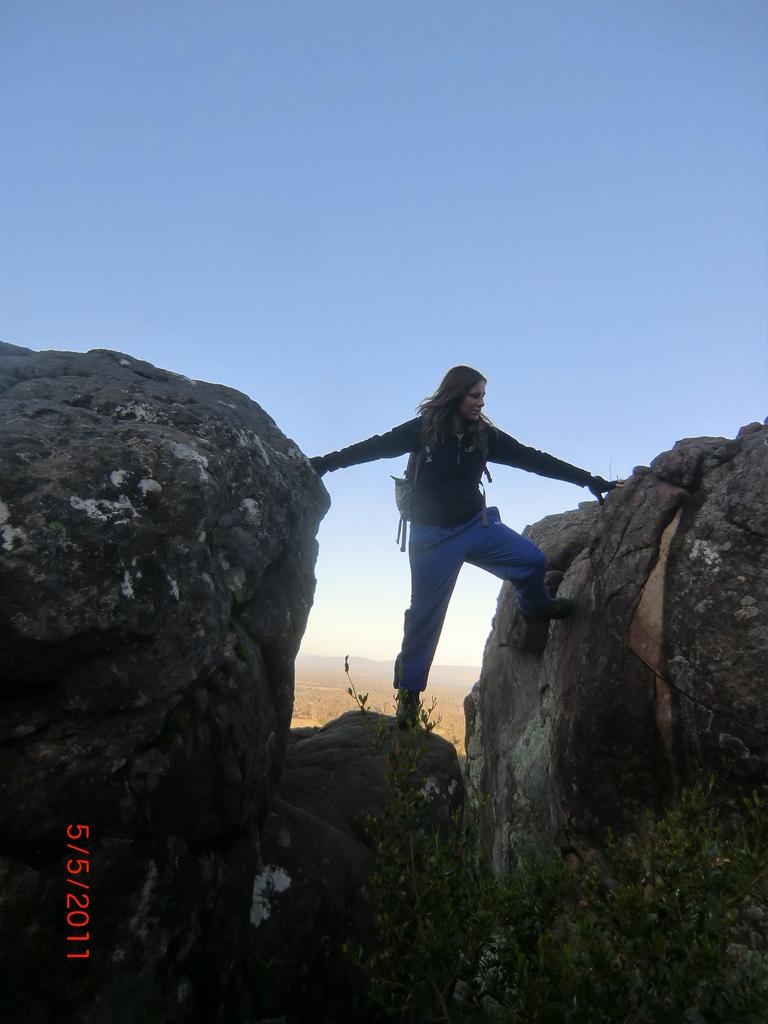 Nachmittagswanderung ab Halls Gap in den Grampians - zwischen Steinen