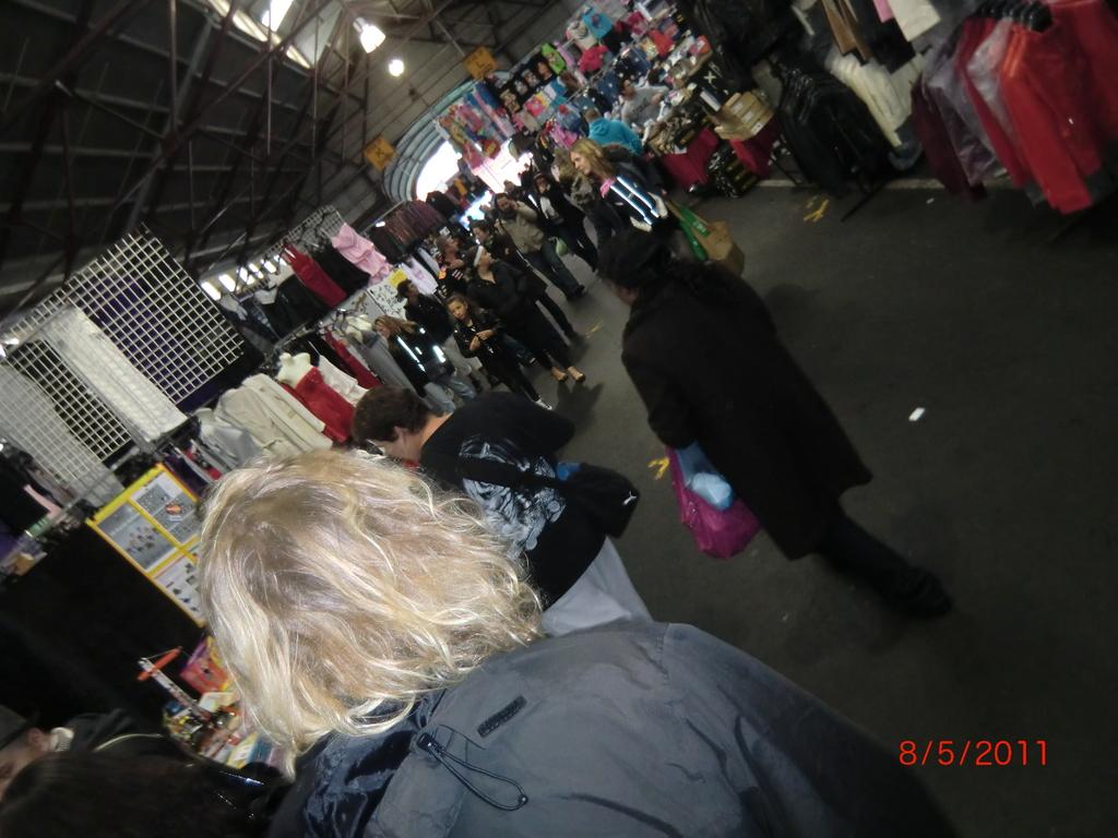 mit Matt auf dem Victoria Markt in Melbourne