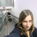 wir mit Sack und Pack auf dem Flughafen in Melbourne - Adios, Australien! War toll hier!