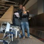 vor genau vier Monaten am 14.05.2011, frisch gelandet am Airport Frankfurt: um viele Erfahrungen reicher nach unserem großen Abenteuer, das nun doch acht Monate dauerte und uns nicht nur äußerlich etwas veränderte